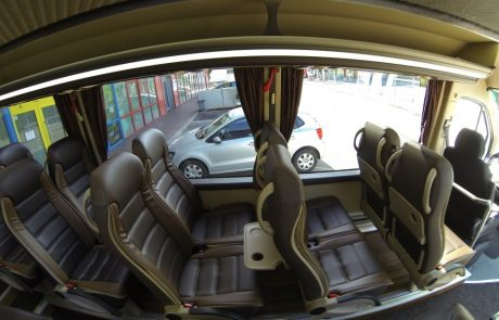 Innenansicht 18er Mercedes-Benz Sprinter 519 CDI
